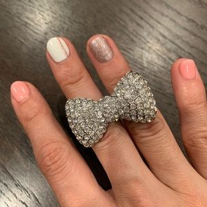 Forever 21 multi-finger sparkly silver bow ring